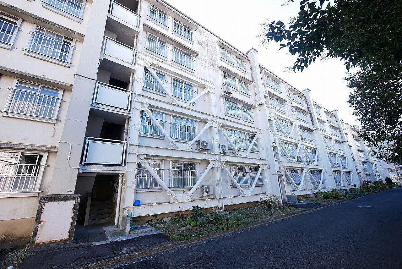 耐震補強された都営住宅