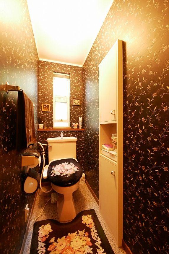 お手洗いは1階と2階にそれぞれあります。